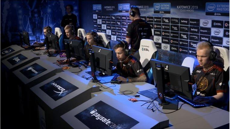 ENCE eSports raivasi FaZen kustannuksella tiensä playoffeihin – Katso videot!